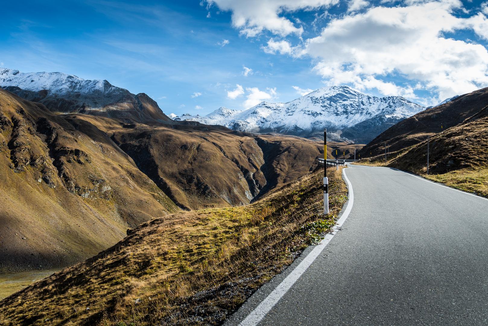 Blick auf das Stilsfer Joch - von der Schweiz aus Richtung Italien