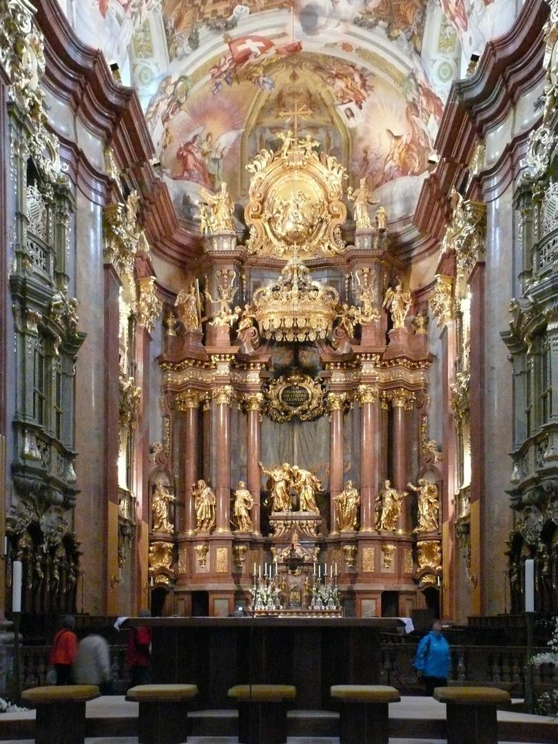 Blick auf den Altar der Stiftskirche Melk