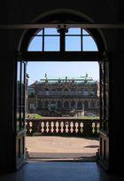 Blick auf den franzoesischen Pavillon