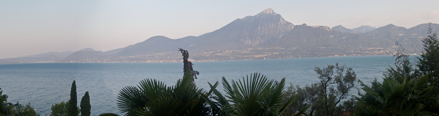 Blick auf den Gardasee (Panorama)