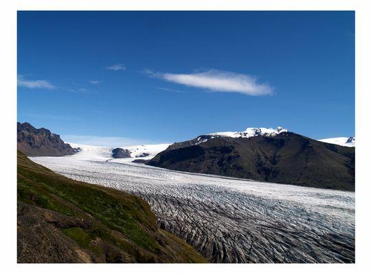 Blick auf den mächtigen Vatnajökull