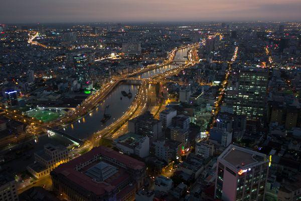 Blick auf den Saigon-River vom Bitexco Tower in Saigon