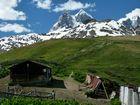 Blick auf den Ushba (4737 m).