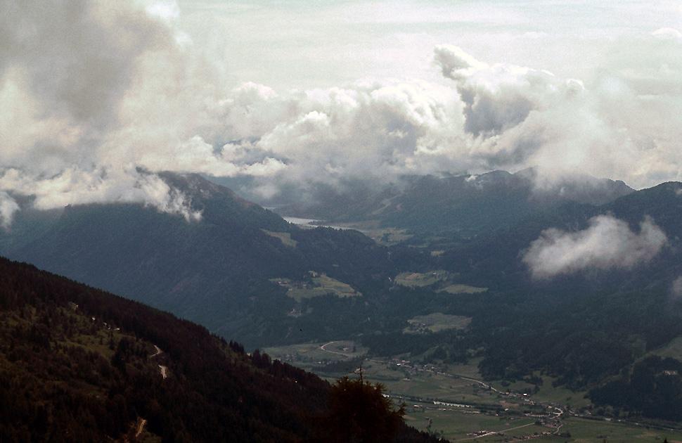 Blick auf den Weissensee in Kärnten.........