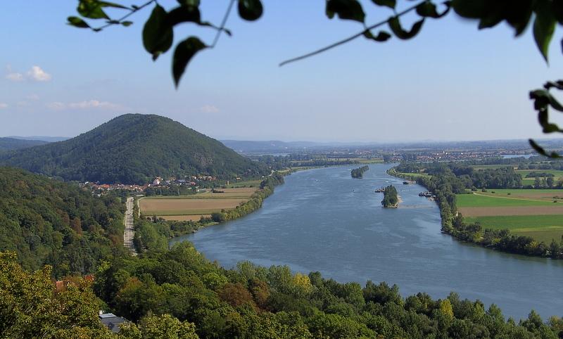 Blick auf die Donau.....