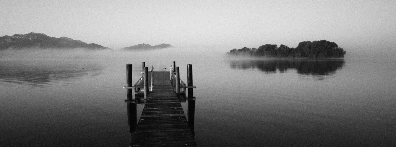 Blick auf die Krautinsel im Chiemsee