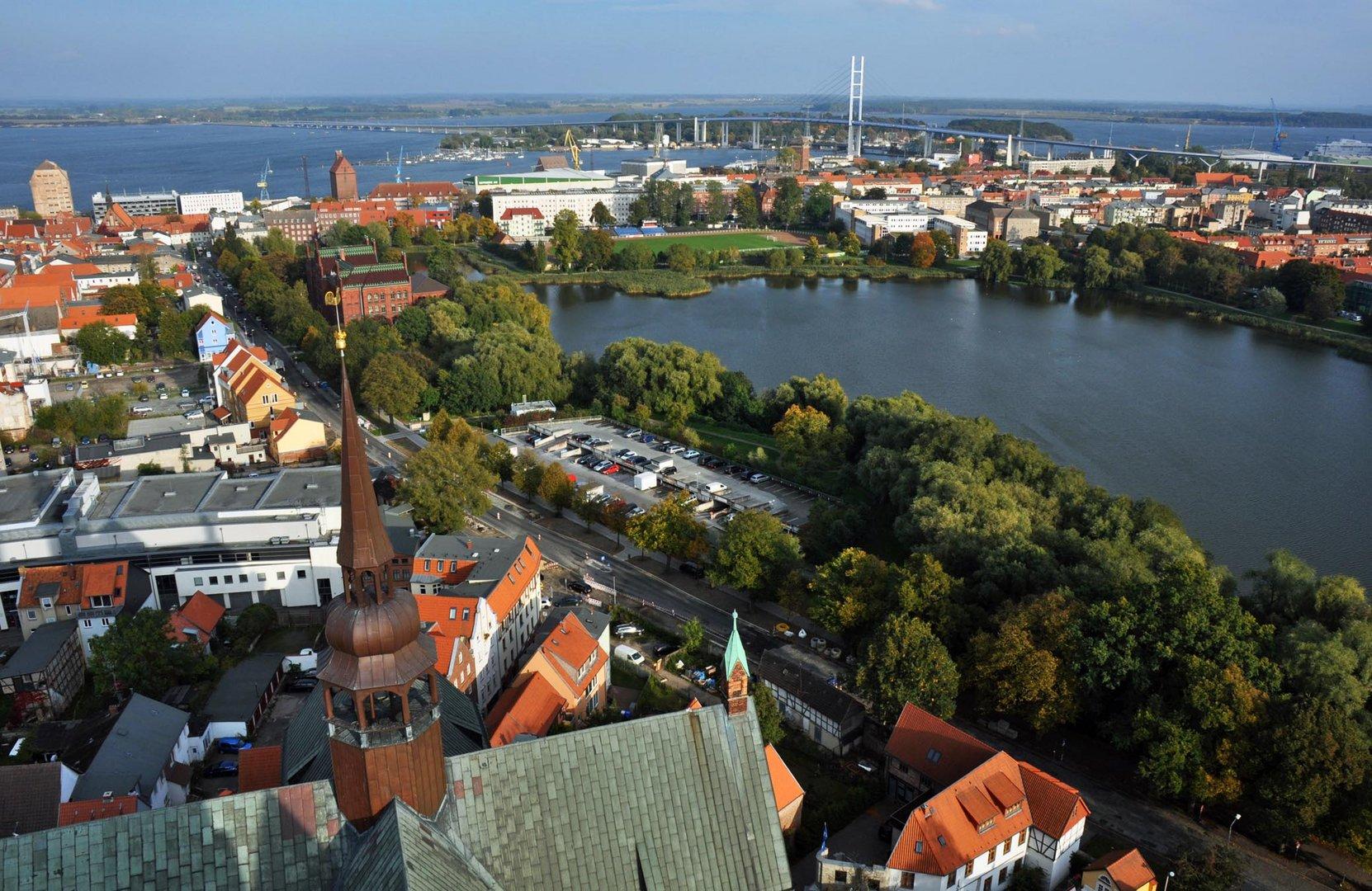 Blick auf die Rügenbrücke