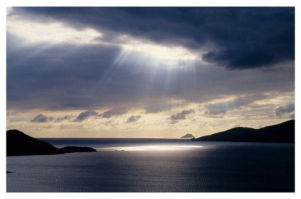 Blick auf die Skelligs vom Ring of Kerry