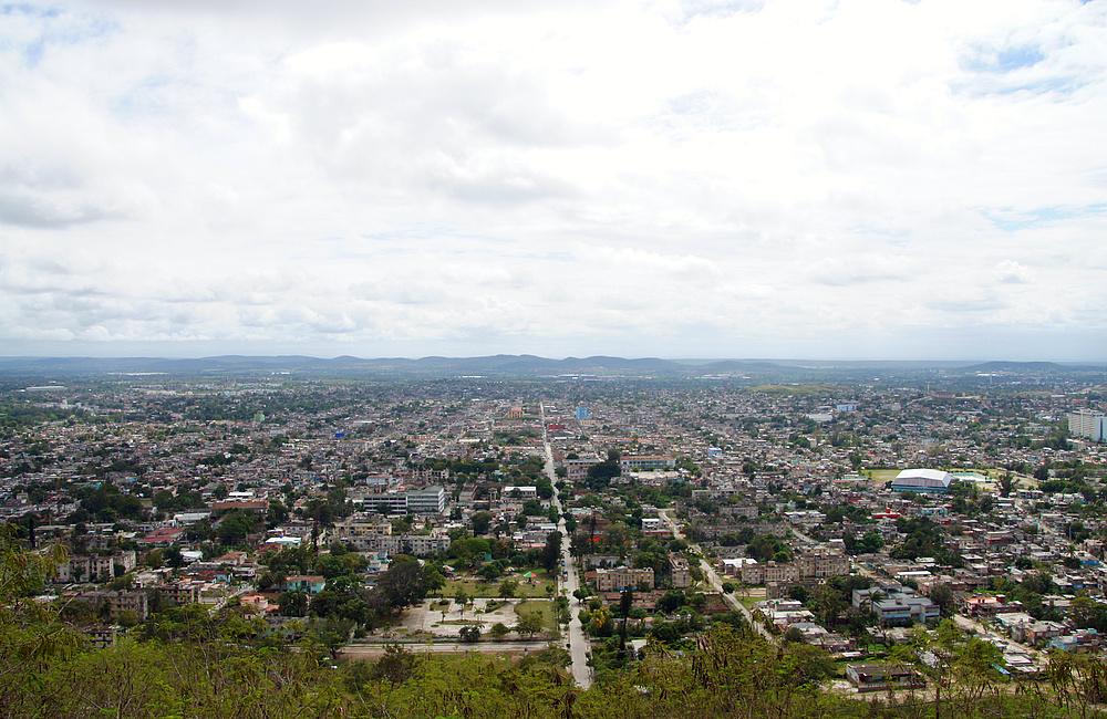 ..Blick auf die Stadt Holguin 2..