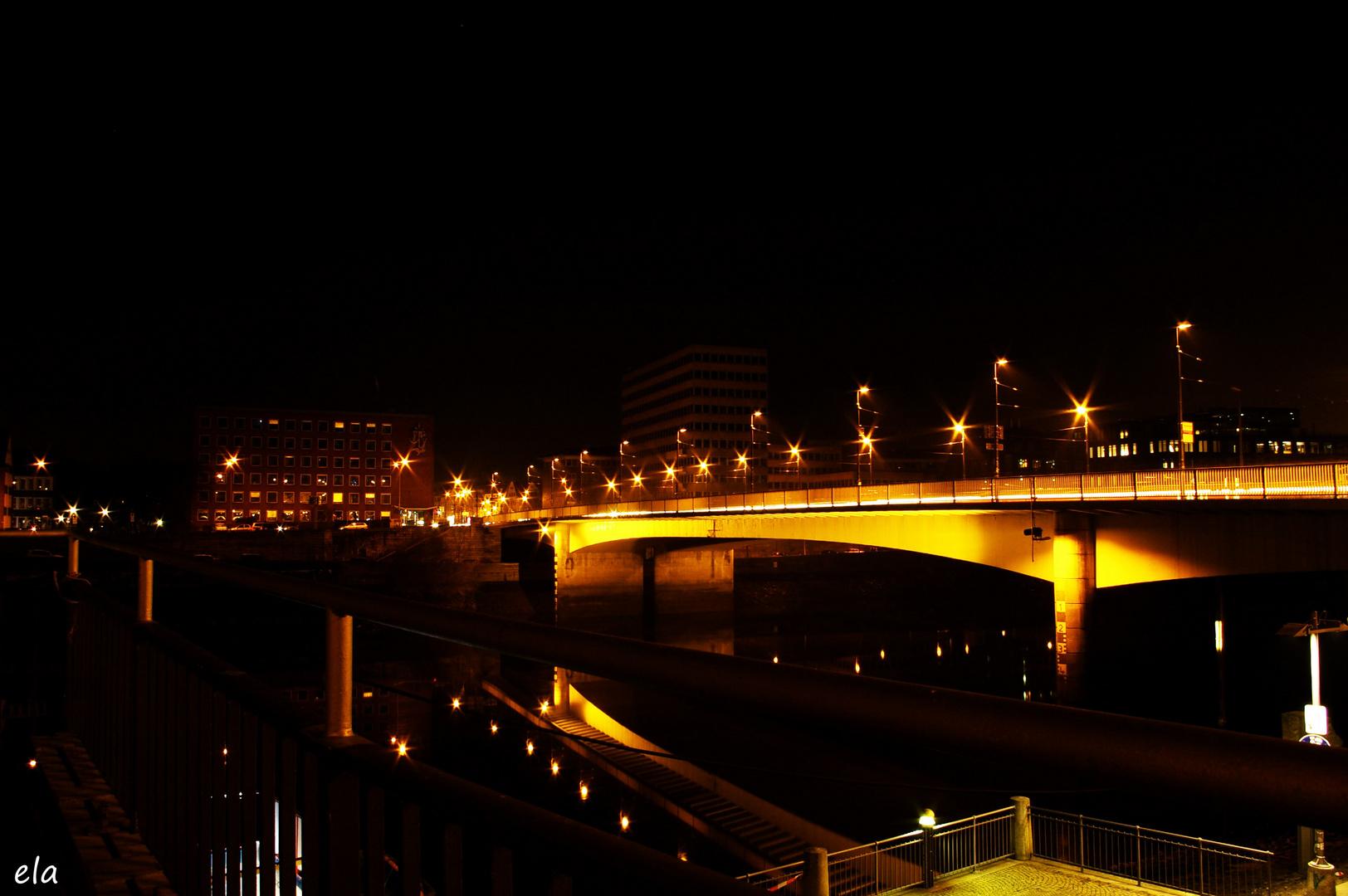 Blick auf die Wilhelm-Kaisen-Brücke