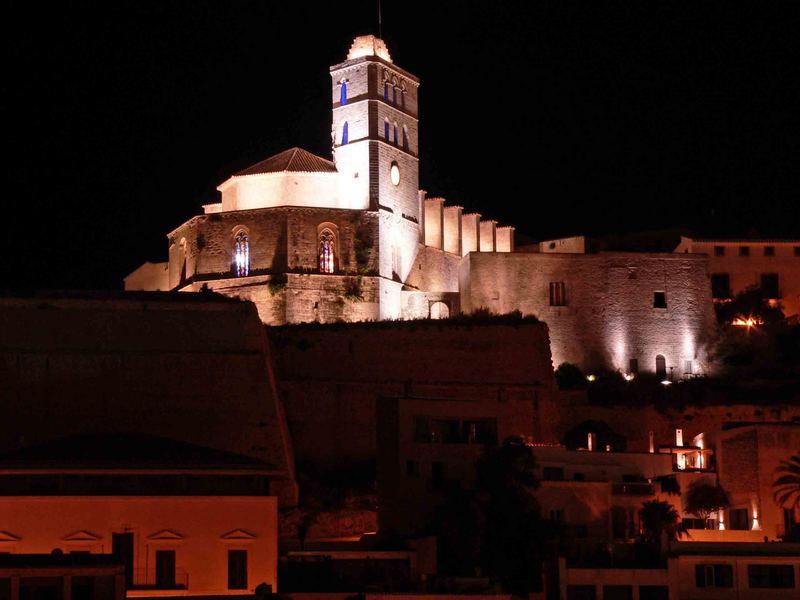 Blick auf Kathedrale von Eivissa