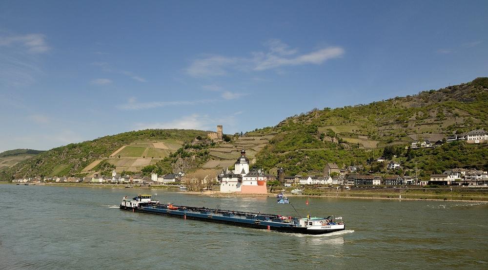 Blick auf Kaub und die Burg Pfalzgrafenstein, Aufnahme letztes Jahr...