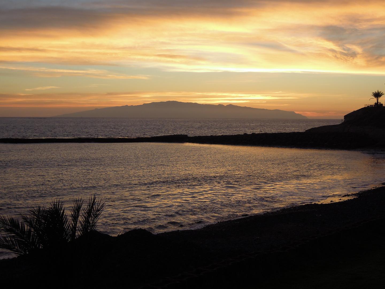 Blick auf La Gomera ...