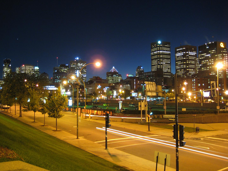 Blick auf old Montréal bei Nacht (Oktober 2007)
