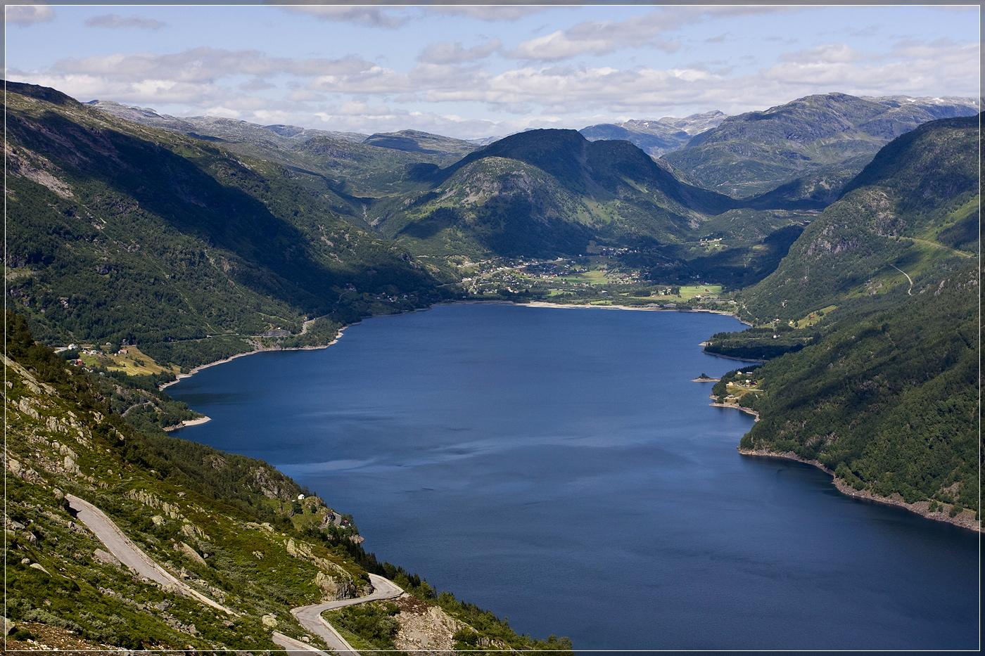 Blick auf Roldal (Norwegen)
