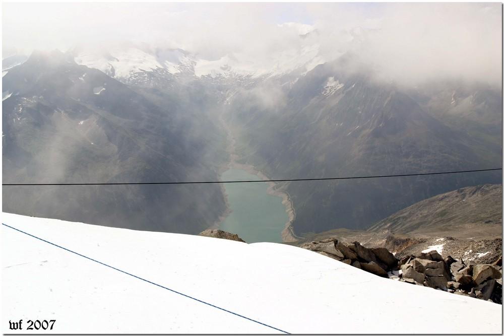 Blick auf Schlegeisspeicher zu den Zillertaler Alpen