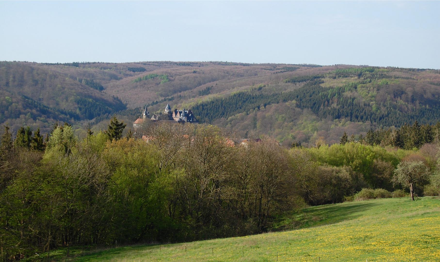 Blick auf Schloss Rammelburg…