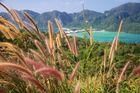 Blick auf Ton Sai Bay ...