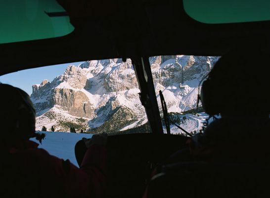 Blick aus dem Cockpit, im Tiefflug