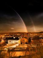 Blick aus dem Fenster - Regenbogen über Wuppertal