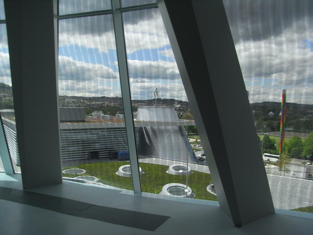 Blick aus dem Mercedes Benz Museum