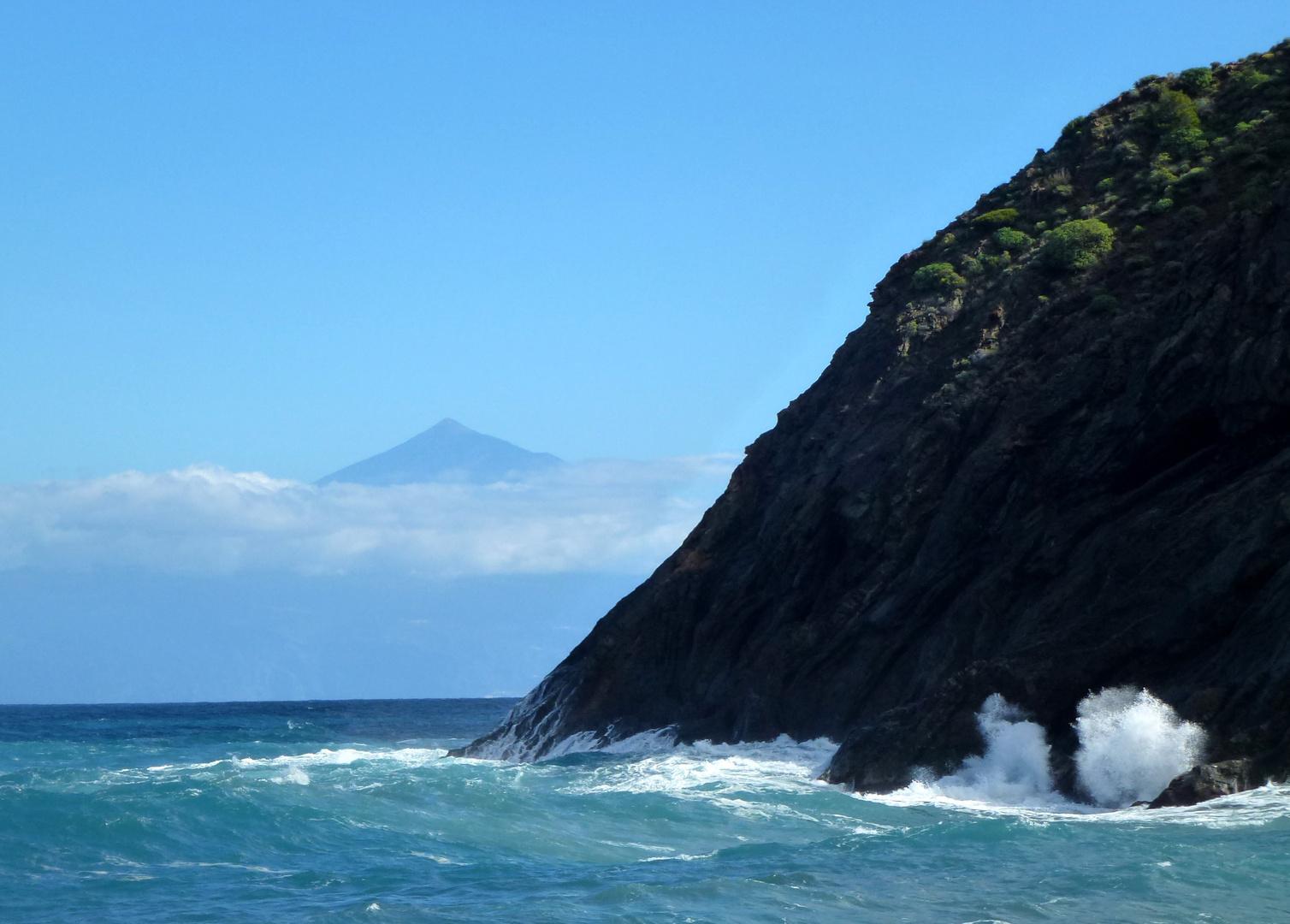 Blick hinüber zum Teide