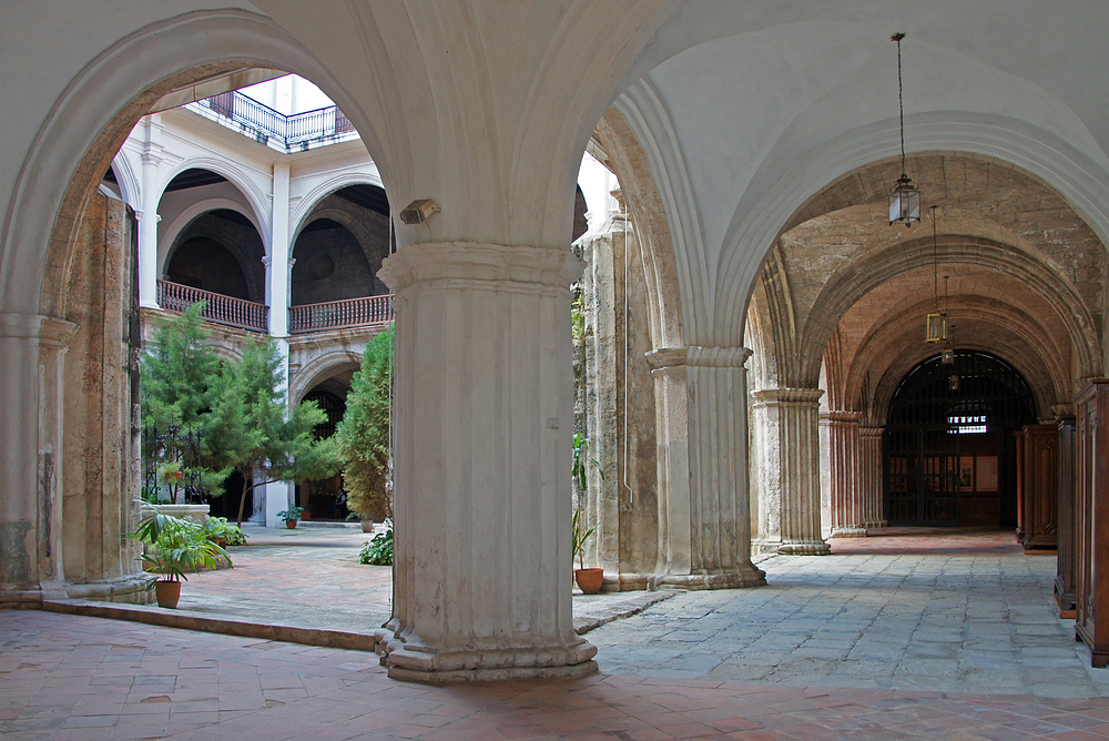 ..Blick in den Klosterhof..