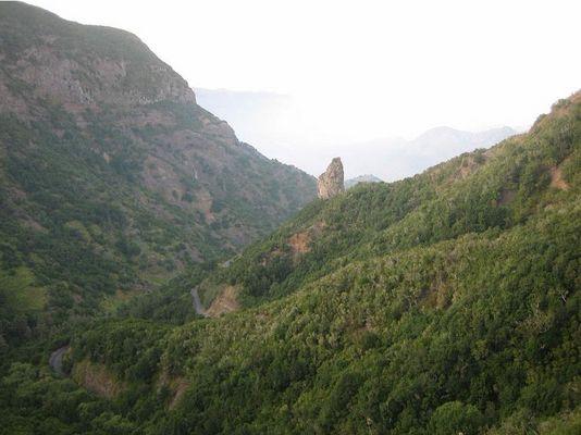 Blick in die Bucht von Hierma mit dem Rogue Verde