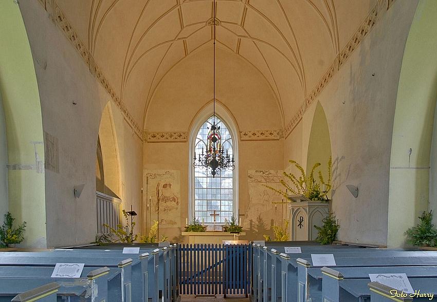 Blick in die evangelische Kirche Paretz im Havelland.