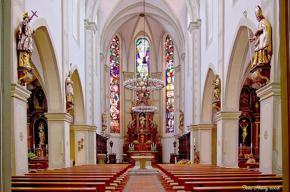 Blick in die Pfarrkirche St.Markus Wittlich. (Mosel/Eifel).