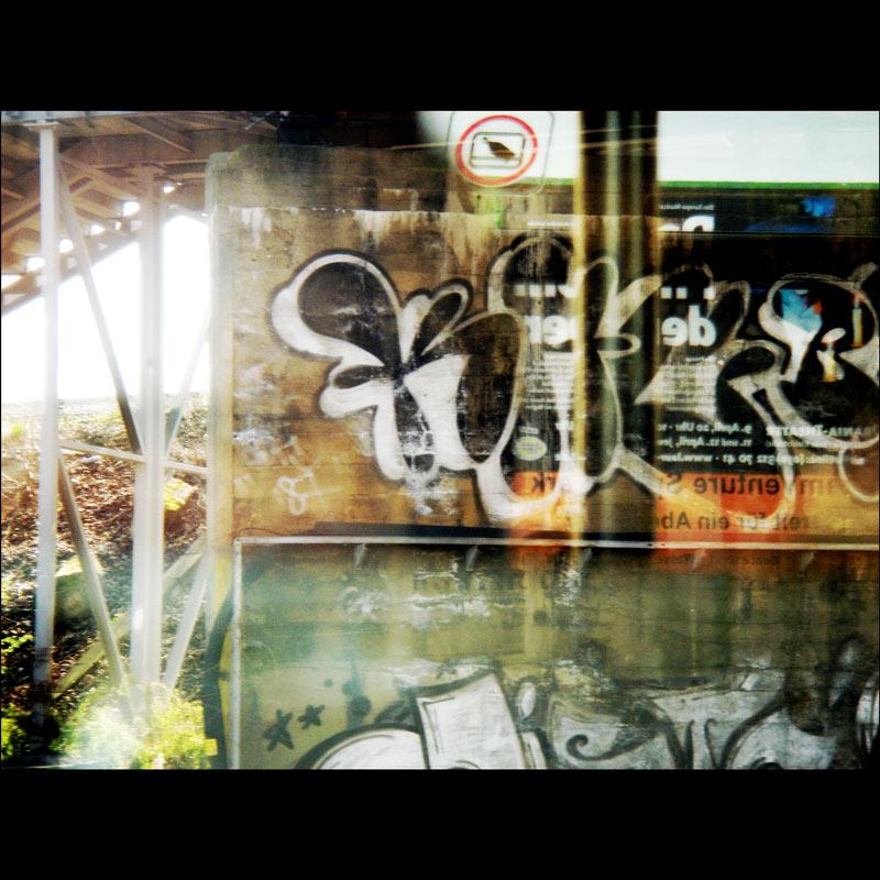 Blick in die S-Bahnscheibe # 2