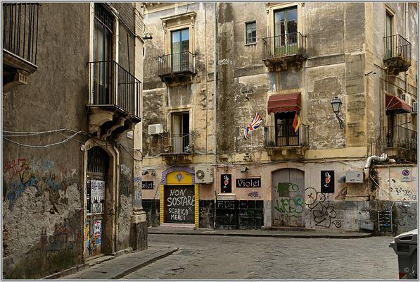 Blick in die Via Leonardi...