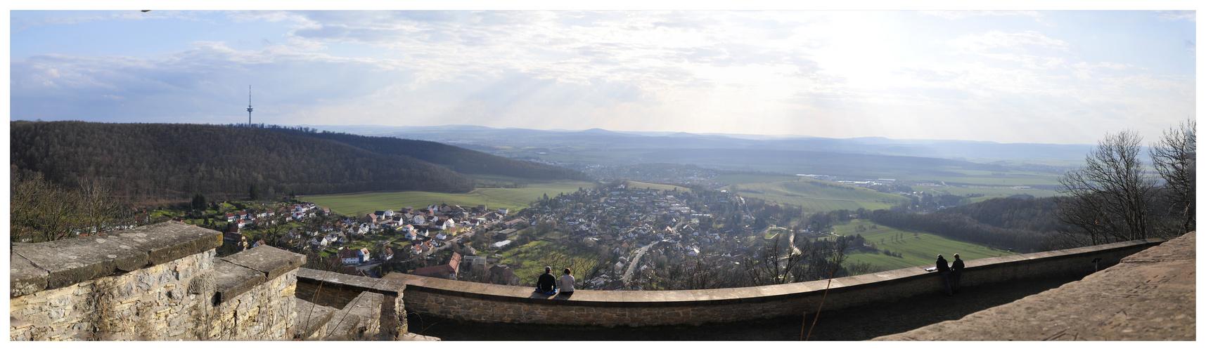 Blick ins Leinetal von der Plesse bei Eddigehausen