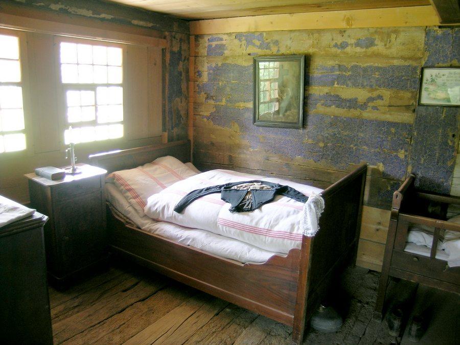 blick ins schlafzimmer jeremias gotthelf l sst gr ssen foto bild architektur. Black Bedroom Furniture Sets. Home Design Ideas