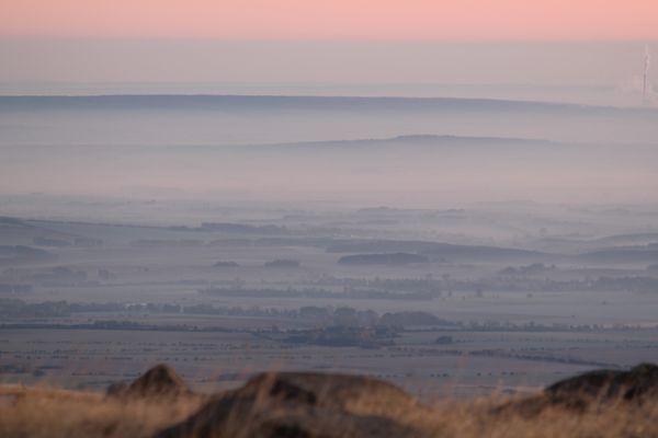 Blick ins Tal zum Sonnenaufgang