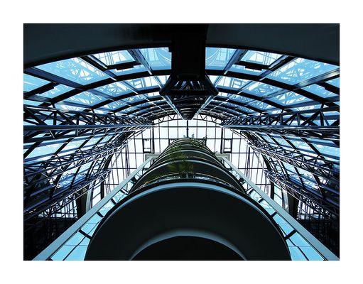 Blick nach oben - Foyer Maritim Bonn