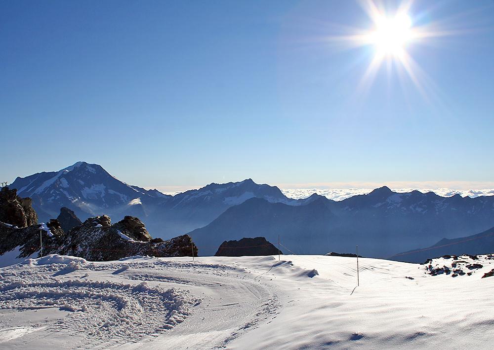 Blick nach Südost vom Mittelallalin 3500 m