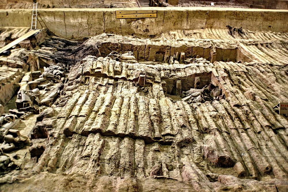 Blick über den Arbeitsbereich der Archäologen