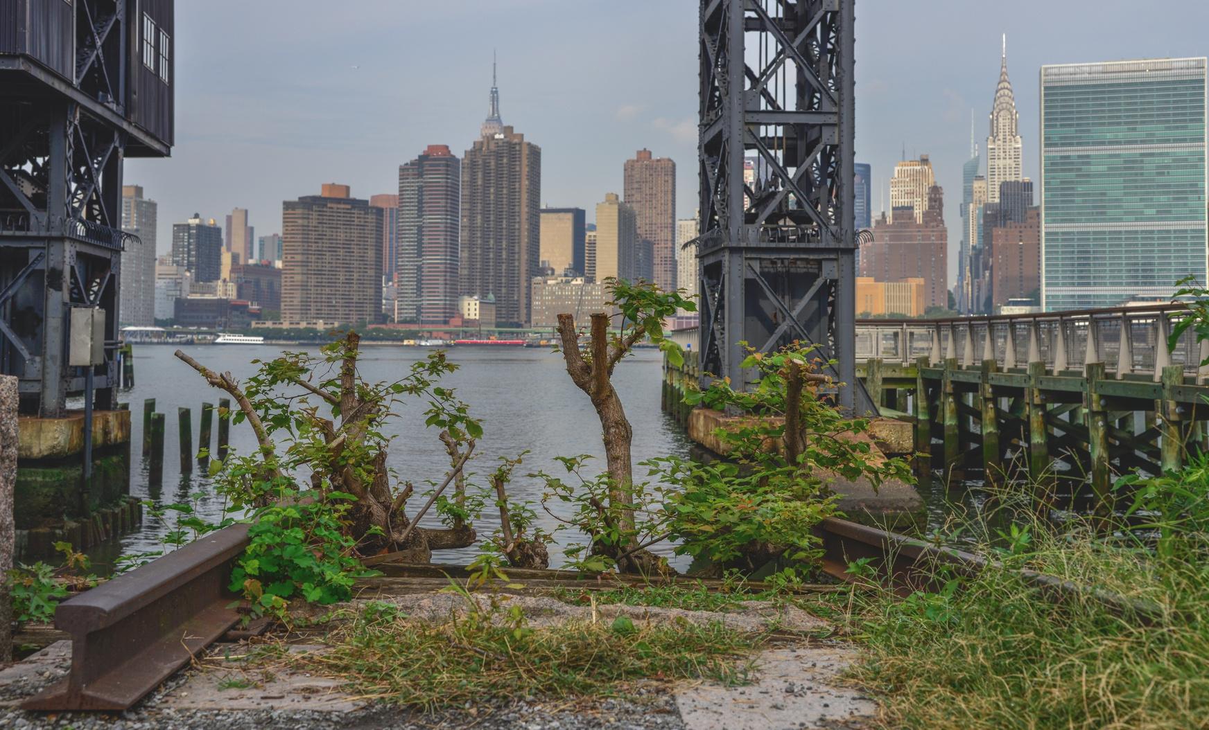 Blick über den East River nach Manhattan