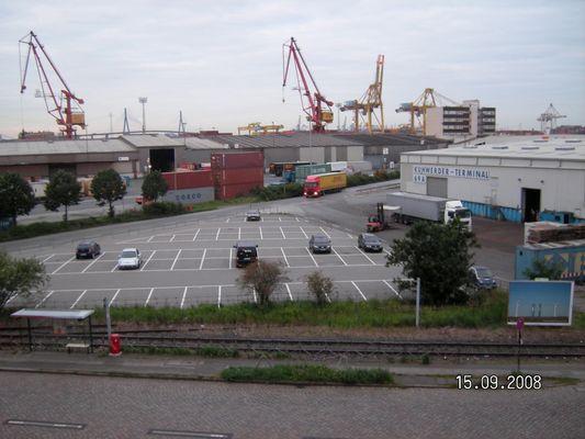 Blick über den Hamburger Hafen nach Südwesten