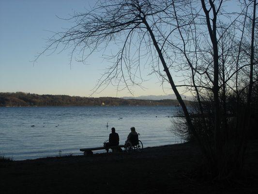 Blick über den Starnberger See bei Possenhofen