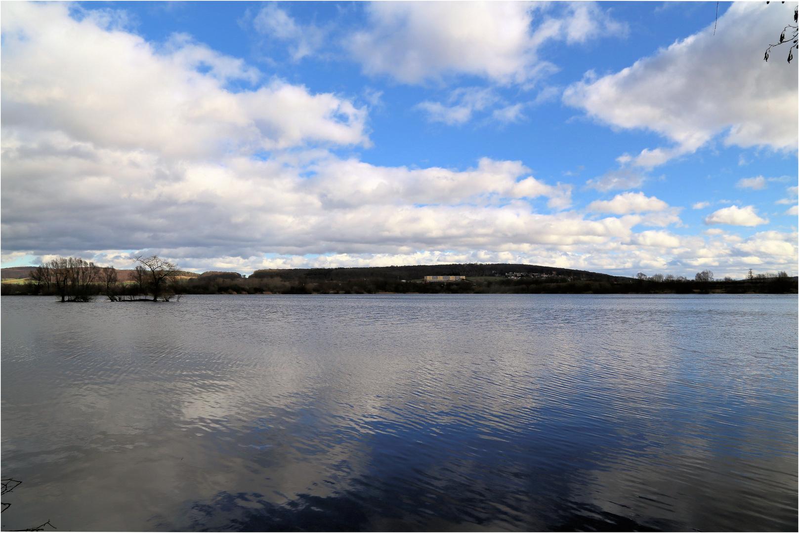 Blick über einen der Northeimer Seen