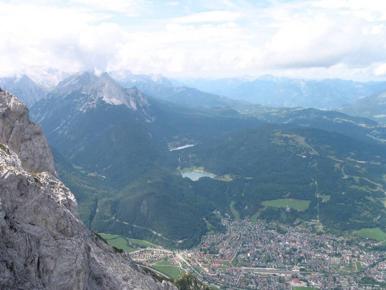 Blick über Mittenwald gen Westen