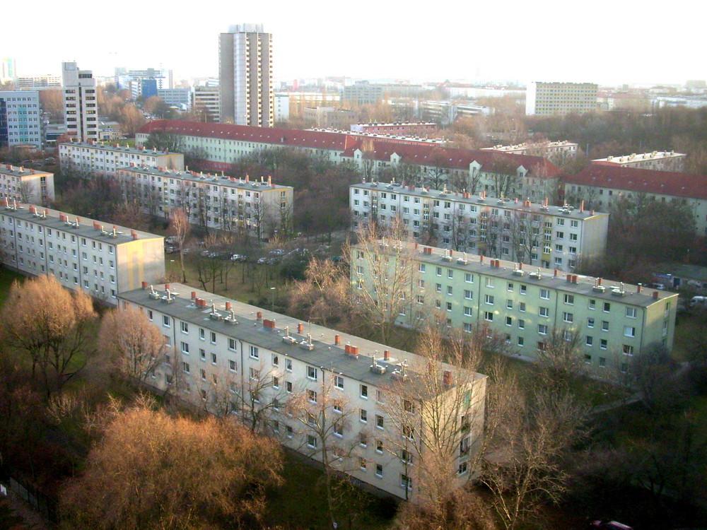 Blick vom Balkon (Plattenbau Berlin Ost) 2