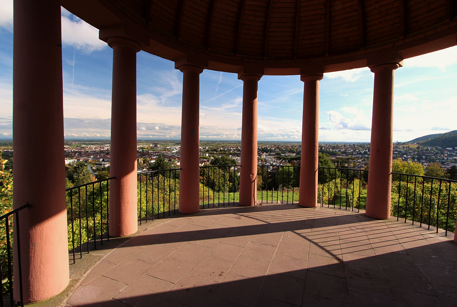 Blick vom Deidesheimer Tempelchen