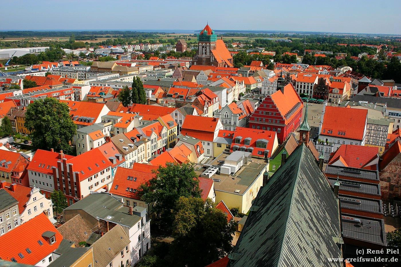 Blick vom Dom St. Nikolai auf Greifswald