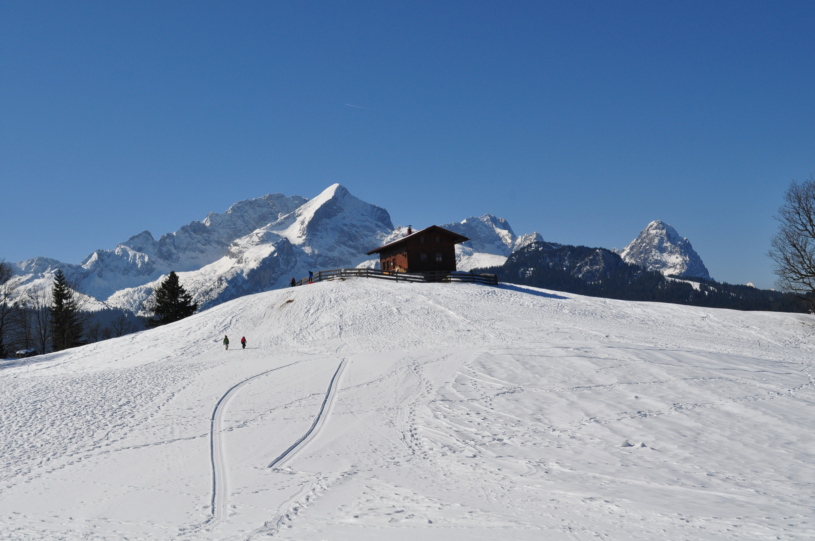 Blick vom Eckbauer zur Zugspitze