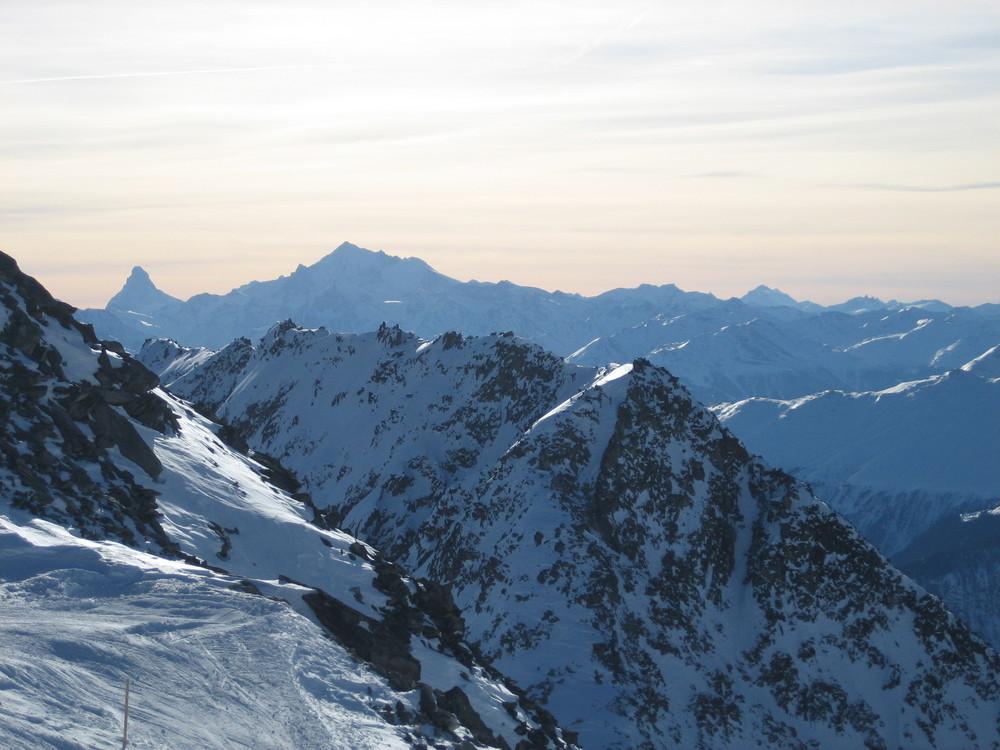Blick vom Eggishorn auf das Matterhorn