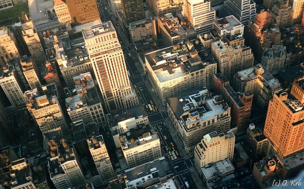 ... Blick vom Empire State Building in die Tiefe ...