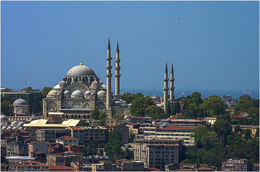 Blick vom Galataturm auf die Süleymaniye-Moschee ...